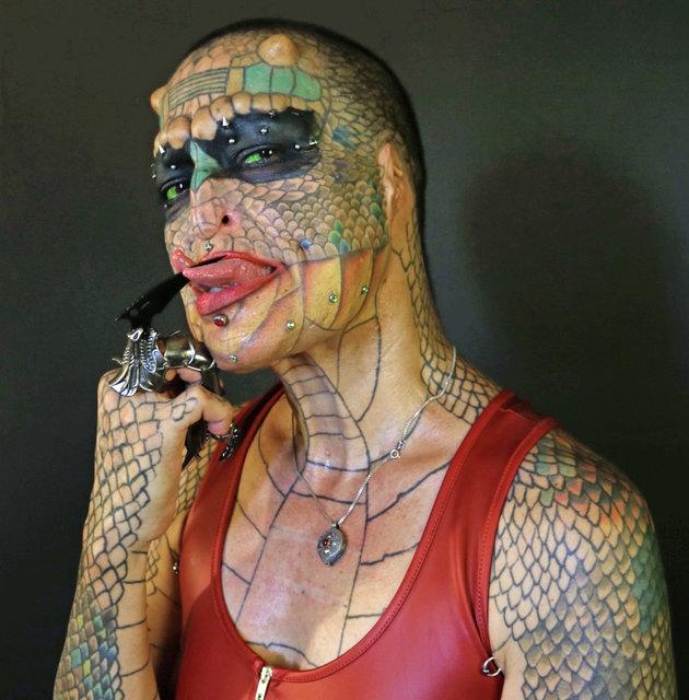 Sie wollte kein Mensch mehr sein und operierte sich zur Schlange – so sieht sie jetzt aus.